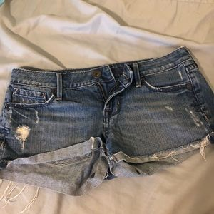 Low rise denim shorts